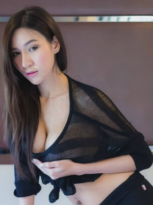 Girl Escort Nikky & Call Girl in Damansara