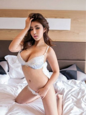 Girl Escort Suasana & Call Girl in Damansara