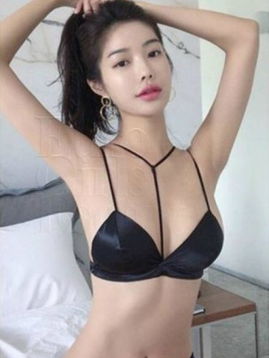 Girl Escort Winnie & Call Girl in Damansara