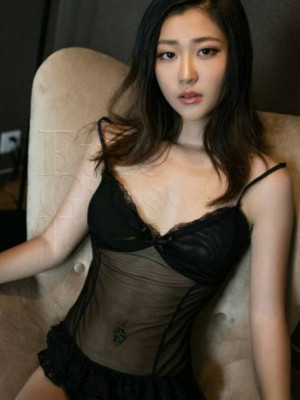 Girl Escort Jean & Call Girl in Damansara